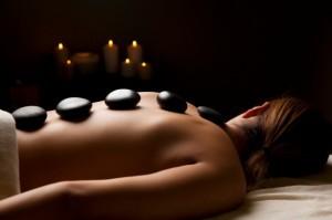 massage-aux-pierre-chaude-1